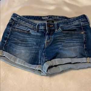 Mossimo size 4 jean shorts.